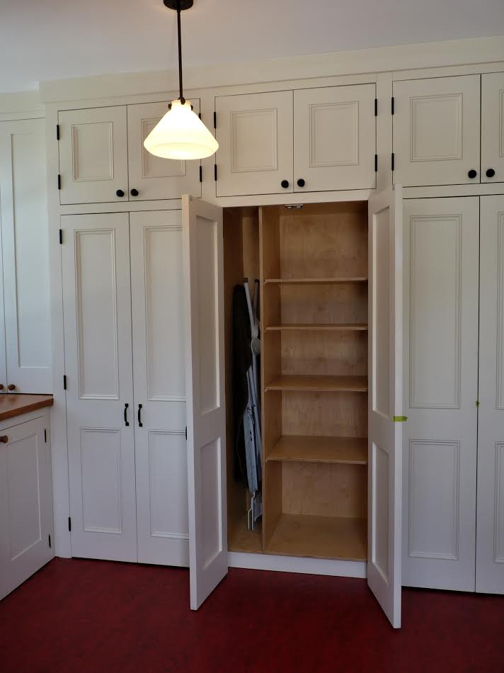 Interior view mudroom bespoke cabinetry