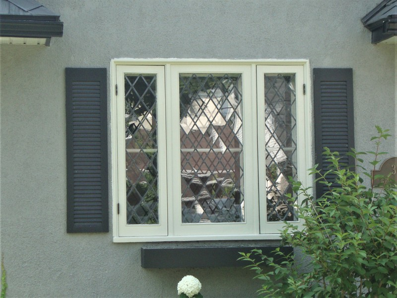 Restoration of leaded window