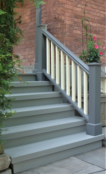 New porch steps and handrail